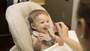 ergonomic baby spoons