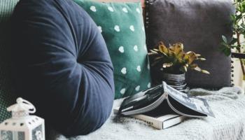 ergonomic meditation cushion