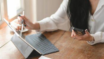 ergonomic tablet holder